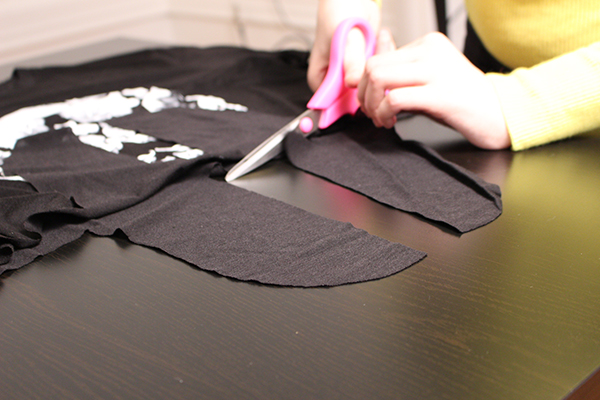 halloween-cat-tee-diy-step-11